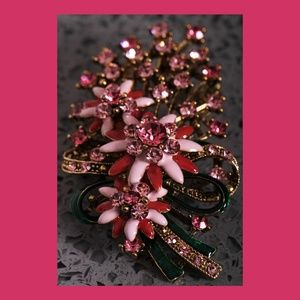 A Vintage Pink and Red Floral Brooch